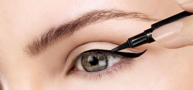 Как делать подводку глаз